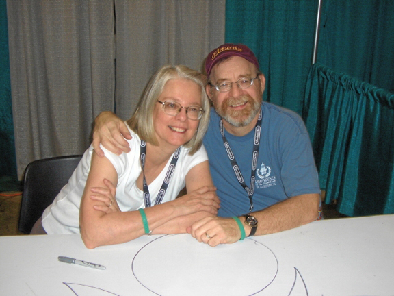 Louise & Walter Simonson from the Wizard World Chicago show in 2005. Photo by Roger Ash.