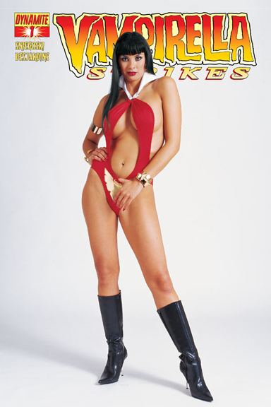 Vampirella Strikes #1 Subscription Photo cover