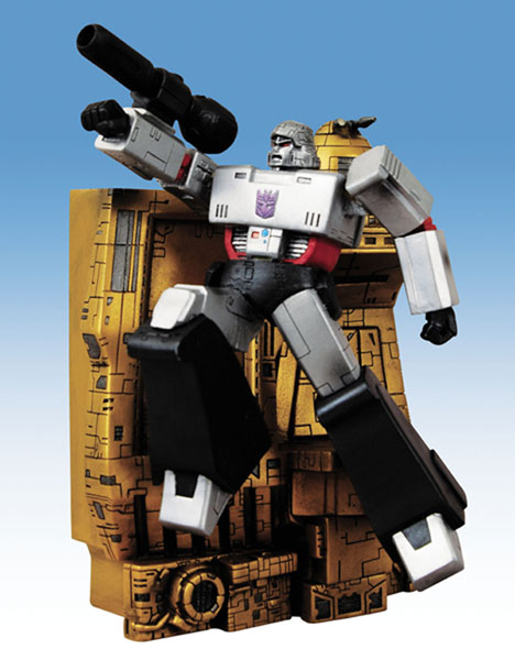 Image: Transformers Megatron Wall Statue  - IDW Publishing