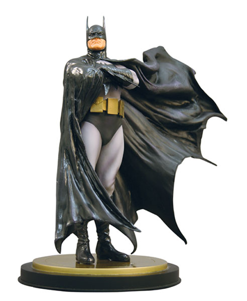 Image: Batman Dark Crusader Statue  -