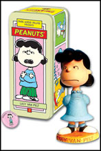 Image: Classic Peanuts Character Statue #2: Lucy Van Pelt  -