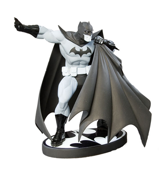 Image: Batman: Black & White Statue - Andy Kubert  -