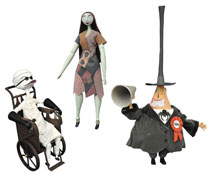 Image: Nightmare Before Christmas Deluxe Cloth Doll: Dr. Finkelstein  - Diamond Select Toys LLC