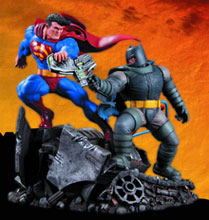Image: Dark Knight Returns Superman vs. Batman Battle Statue  - DC Direct