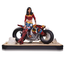 Image: DC Gotham City Garage Statue: Wonder Woman  - DC Comics