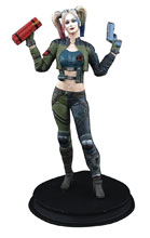 Image: DC Injustice Statue: Harley Quinn  (Green Costume) - Icon Heroes