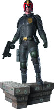 Image: Dredd Movie Statue: Judge Dredd  (1/4 Scale) - Pop Culture Shock Collectibles