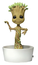 Image: Guardians of the Galaxy Body Knocker: Dancing Groot  - NECA