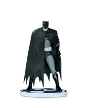 Image: Batman Black & White Statue: Dave Mazzucchelli  (Second Edition) - DC Comics