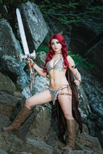 Image: Red Sonja Vol. 04 #8 (virgin Cosplay incentive cover - 08061) (10-copy) - Dynamite