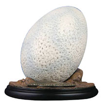 Image: Chronicle Jurassic Park: Velociraptor Egg  - Chronicle Collectibles