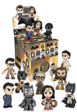 Image: Batman vs. Superman Mystery Minis 12-Piece Blind Mystery Box Display  - Funko