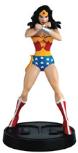 Image: DC Wonder Woman Mythologies Figure Collectible #1 (Classic Wonder Woman) - Eaglemoss Publications Ltd