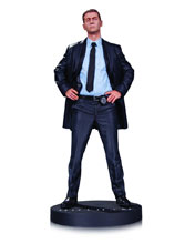 Image: Gotham  (TV) Statue: James Gordon - DC Comics