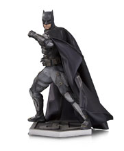 Image: Justice League Movie Statue: Tactical Suit Batman  - DC Comics