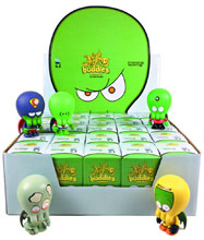 Image: Android Vinyl Figure 16-Piece Blind Mystery Box Display  -