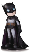 Image: DC Artists Alley Vinyl Figure: Batman by Chris Uminga  - DC Comics
