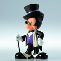Image: Disney Showcase Couture Figure: Mickey Mouse  -
