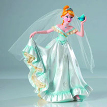 Image: Disney Showcase Couture Figure: Cinderella Bridal  -