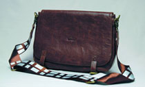 Image: Star Wars Messenger Bag: Chewbacca Replica  -
