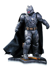 Image: Batman v Superman: Dawn of Justice Statue - Armored Batman  - DC Comics