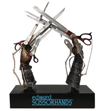 Image: Edward Scissorhands Replica: Scissorhands  (1/1 scale) - Hollywood Collectibles Group