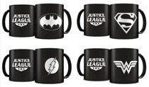Image: DC Heroes Laser Etched Mug 4-Piece Deluxe Set  (Black) - Sd Toys (Dirac Dist Sl)