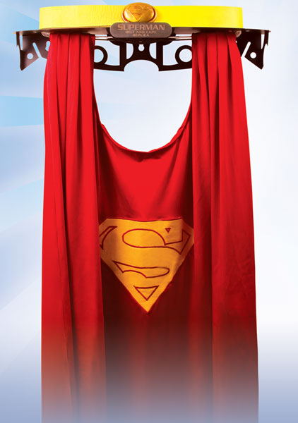 Image: JLA Trophy Room: Supermans Cape and Belt Prop Replica Set  -