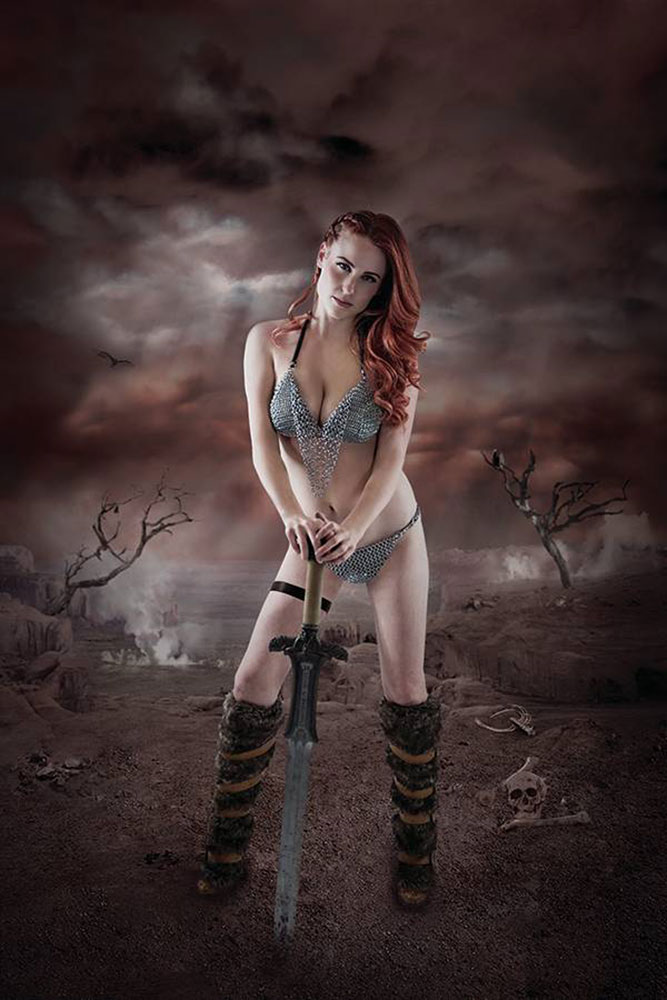 Image: Red Sonja: Birth of the She-Devil #1 (variant CGC Graded cover - Cosplay) - Dynamite