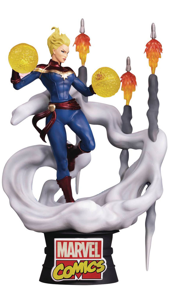 Image: Marvel Comics D-Stage Statue: Captain Marvel  (6-inch) -