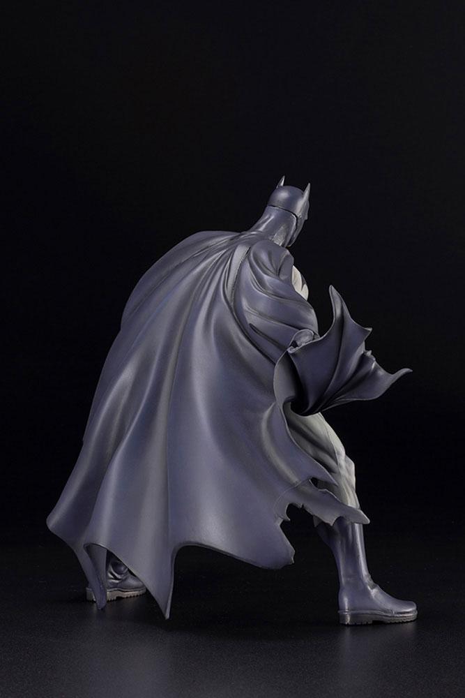 DC Comics Artfx Statue: Batman Hush  (Renewal Package) - Kotobukiya