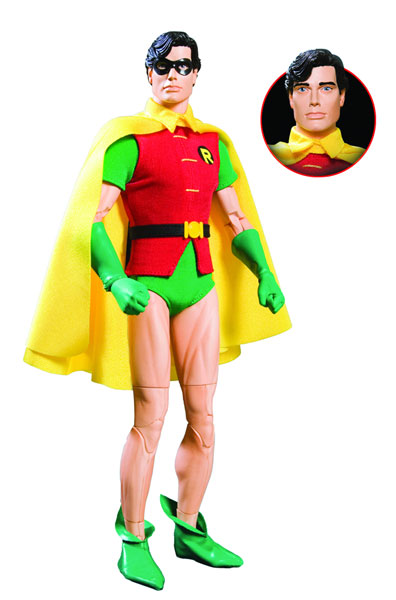 Image: Robin 1:6 Scale Deluxe Collector Figure  - DC Comics