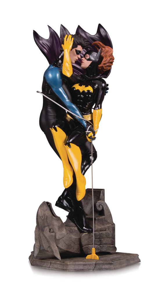 Image: DC Designer Series Statue: Nightwing & Batgirl by Sook  - DC Comics