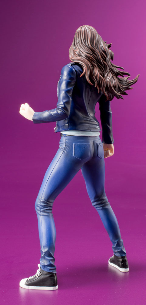 Marvel ArtFX+ Statue: Defenders Series - Jessica Jones  - Koto Inc.
