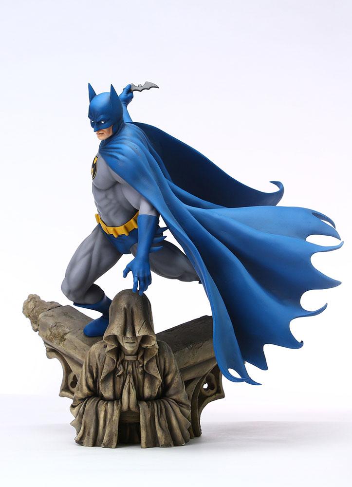 Grand Jester Studios DC Statue: Batman  (1:6 Scale) - Enesco Corporation