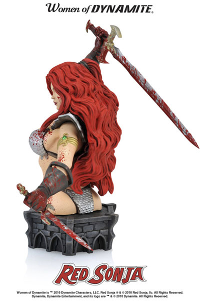 Women of Dynamite Resin Bust: Red Sonja by Arthur Adams  (Blood Splattered Variant)) - Dynamite
