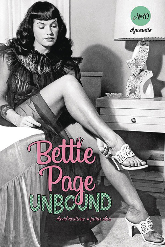 Image: Bettie Page: Unbound Vol. 03 #10 (cover E - Photo)  [2020] - Dynamite