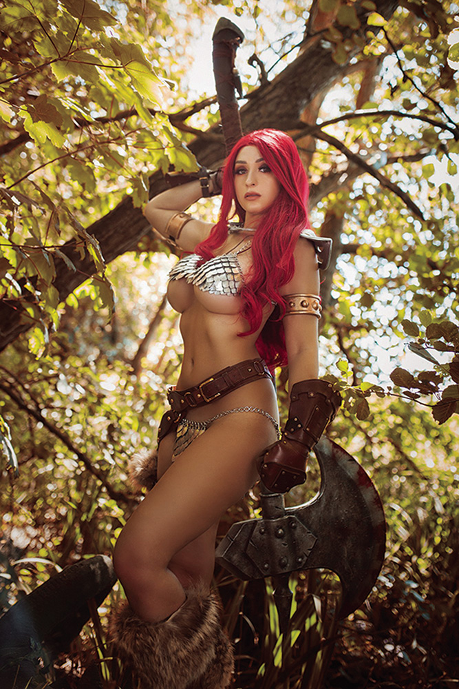Image: Red Sonja: The Superpowers #1 (incentive 1:35 cover - Cosplay virgin) - Dynamite