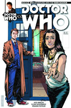 Image: Doctor Who: The 10th Doctor #15 (cover A - Casagrande) - Titan Comics