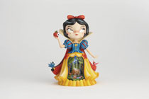 Image: Miss Mindy Diorama Figure: Snow White  - Enesco Corporation