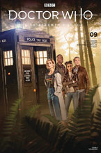 Image: Doctor Who: The 13th Doctor #9 (cover B - Photo) - Titan Comics