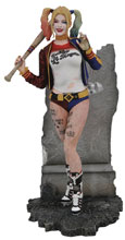 Image: DC Gallery PVC Diorama: Suicide Squad - Harley Quinn  - Diamond Select Toys LLC