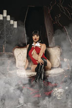 Image: Vampirella Vol. 05 #12 (incentive 1:25 cover - Cosplay virgin) - Dynamite