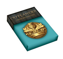 Image: Outlander Pin Crown & Thistle  - Dark Horse Comics