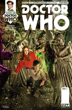 Image: Doctor Who: The 11th Doctor Year Three #5 (cover B - Photo) - Titan Comics