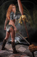 Image: Red Sonja: Price of Blood #3 (incentive 1:20 cover - Cosplay virgin) - Dynamite