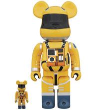 Image: 2001 Space Odyssey Space Suit Bearbrick: 100 & 400  (2-Pack) (Yellow version) - Medicom Toy Corporation