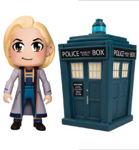 Image: Doctor Who Titans Set: 13th Doctor & Tardis  (2-Pack) - Titan Books Uk