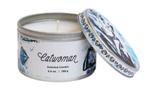 Image: DC Heroes Scented Candle Tin: Catwoman  (5.6-ounce) - Insight Editions