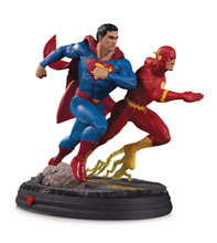 Image: DC Gallery Statue: Superman vs. Flash Racing  (2nd edition) - DC Comics